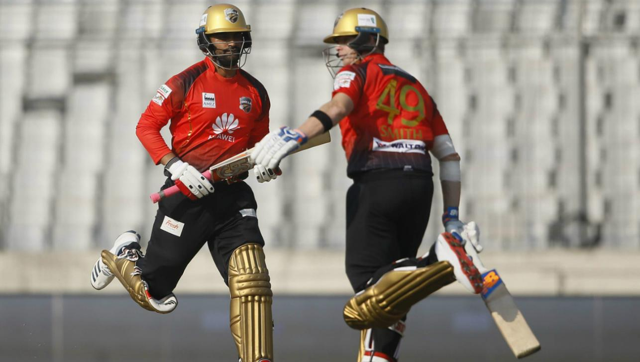 Smith keeps Tamim on his toes