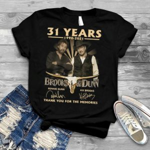 31 Years 1990 2021 Brooks And Dunn Signatures Thank You For The Memories T shirt